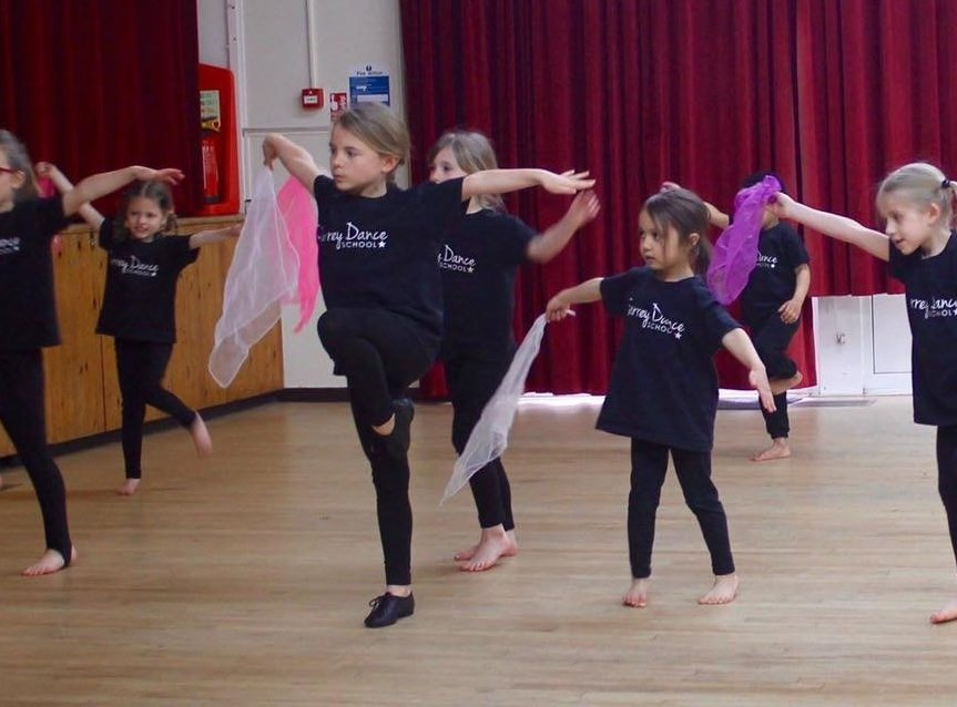 Surrey Dance School Ballet Modern Dance Classes